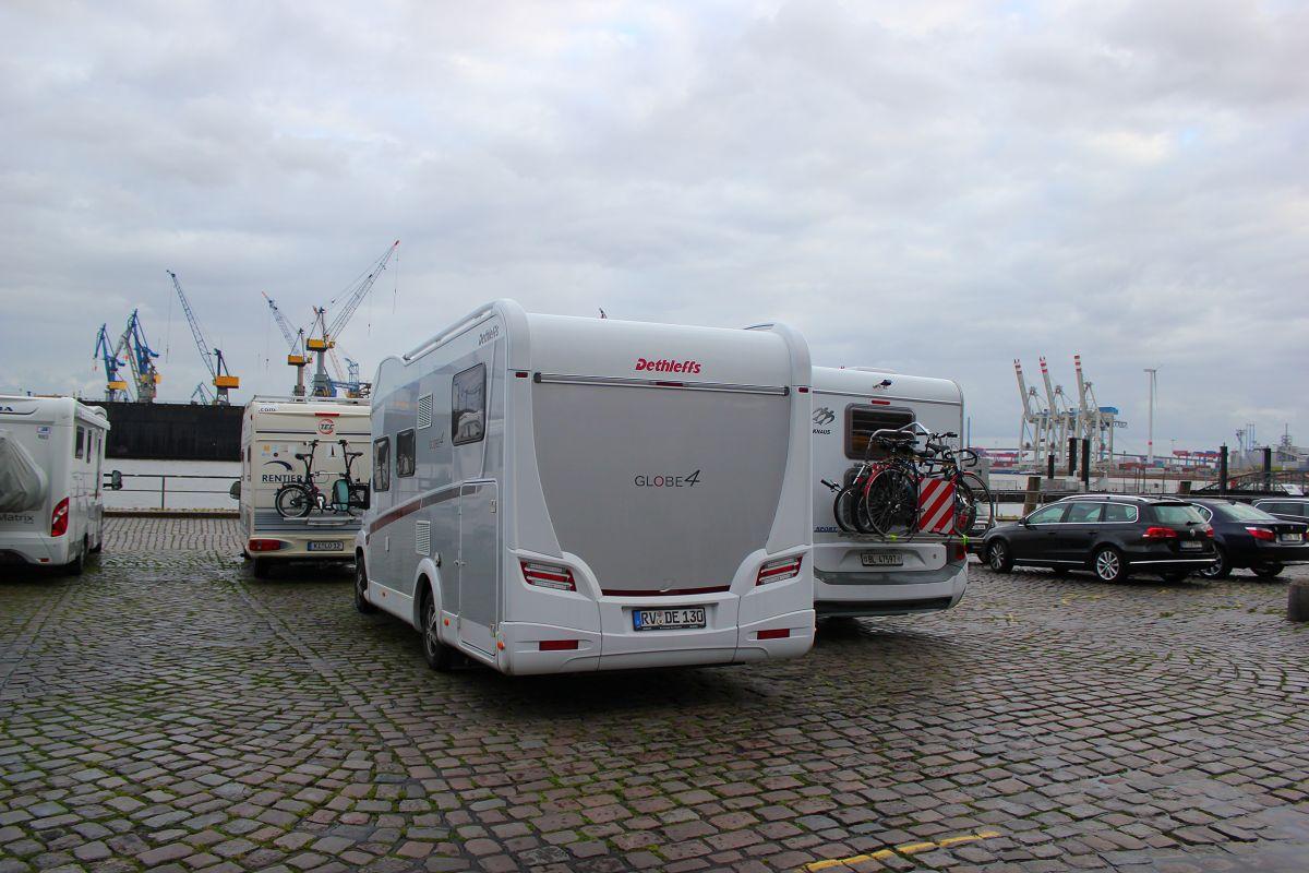Wohnmobilstellplatz am Fischmarkt Hamburg  Wohnmobilstellplatz in