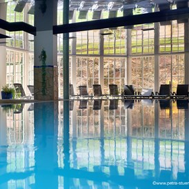 Wohnmobilstellplatz: Indoor-Pool 7 X 12 m, ca. 31°C - Hotel Restaurant Spa Molitors Mühle****