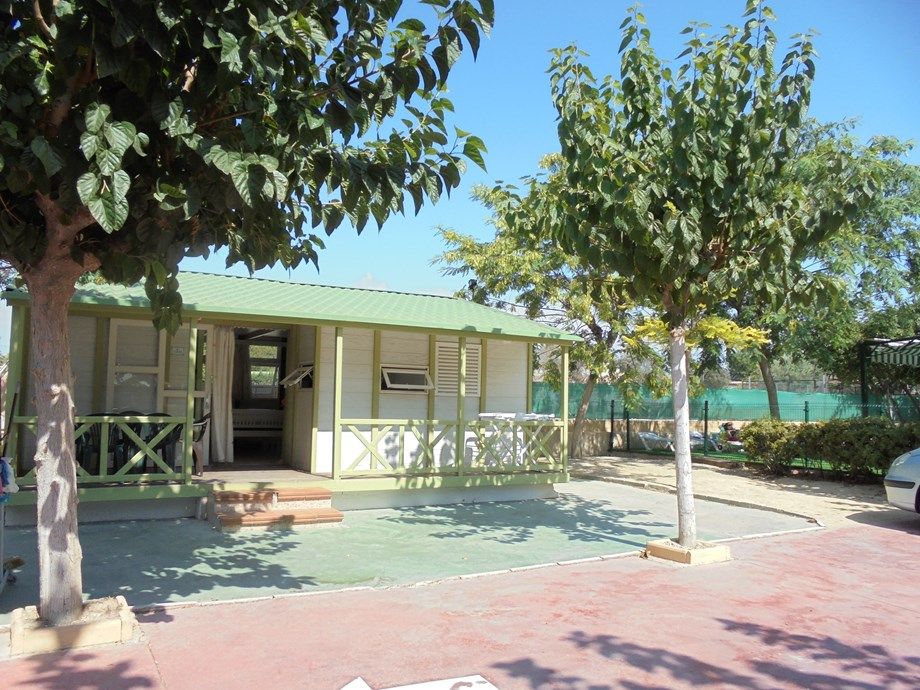 Camping el jardin wohnmobilstellplatz in spanien for Camping el jardin