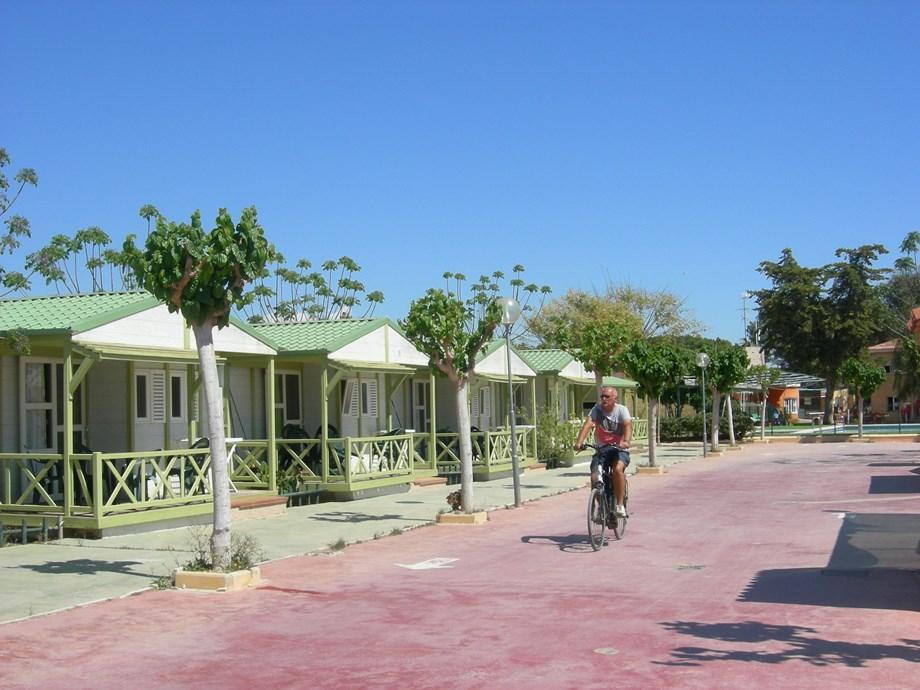 Camping el jardin wohnmobilstellplatz in spanien for Camping el jardin alicante
