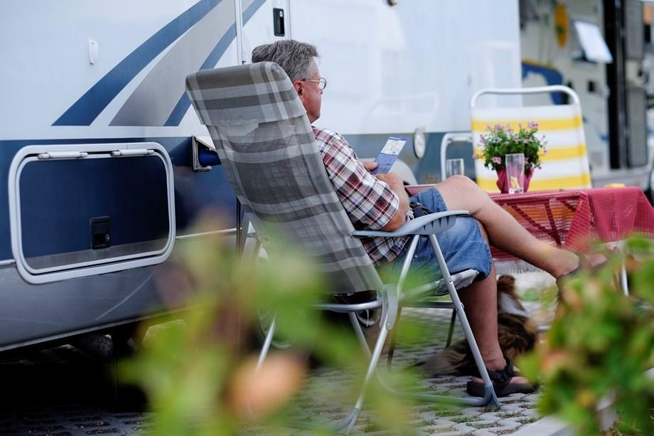 wohnmobilpark sinsheim wohnmobilstellplatz in deutschland. Black Bedroom Furniture Sets. Home Design Ideas